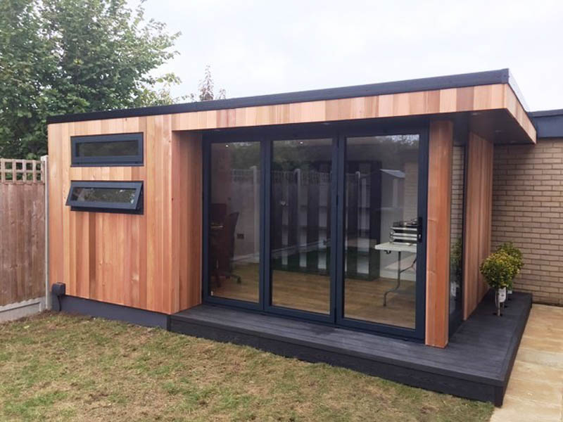Garden office by Swift Garden Rooms